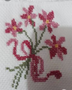 Butterfly Cross Stitch, Cross Stitch Rose, Hand Embroidery Videos, Hand Embroidery Patterns, Cross Stitch Designs, Cross Stitch Patterns, Crochet Bedspread, Amazing Flowers, Baby Sewing