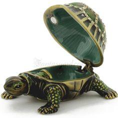 Green Turtle Trinket Box............I love trinket boxes....so whimsical!!!!