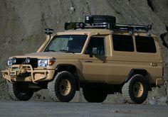 Toyota Land Cruiser Troop Carrier Medevac (J78)