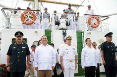 El Gobernador de Veracruz, Javier Duarte de Ochoa, participó en la Ceremonia de despedida del Buque Escuela Cuauhtémoc, la cual fue presidida por el presidente Enrique Peña Nieto, en el Puerto de Veracruz.