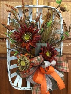 Large Whitewashed Tobacco Basket with Fall Flowers and Decorative Ribbon, Burgundy Sunflowers in Large Tobacco Basket Thanksgiving Wreaths, Holiday Wreaths, Winter Wreaths, Spring Wreaths, Summer Wreath, Wreath Fall, Tobacco Basket Decor, Halloween, Sunflower Wreaths