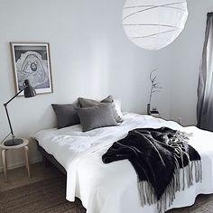 | gm | last weeks styling | bedroom calmness | #fastighetsbyrånväxjö #styling #forsale
