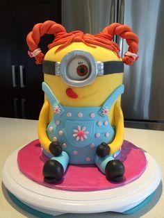 Girl Minion cake !