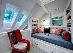 Gestaltungsideen-Schlafzimmer-mit-Dachschräge-einbauschrank
