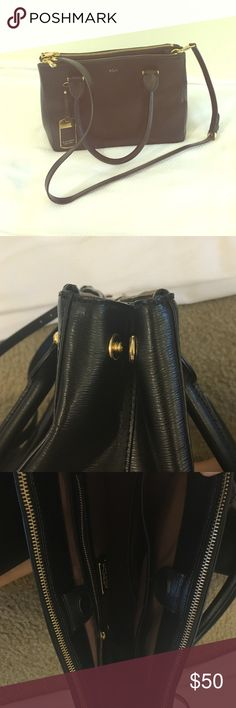Lauren Ralph Lauren Bag Saffiano Leather. Perfect Condition. Handbag and cross body. Two zipper pockets and inside pockets Bags