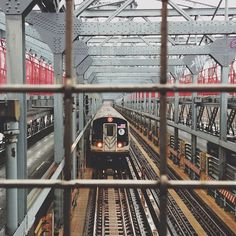 Photo by withhearts #train #Brooklyn #NYC