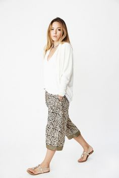 KAVERI CAPRI SINGLE BORDER Punjammies™ lounge pants Made proudly in India by women working to remain free from sex slavery.