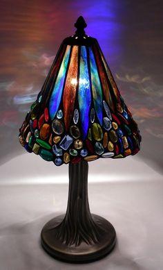 si te gustan las artes decorativas en vidrio, este es tu curso. ¡Animate!