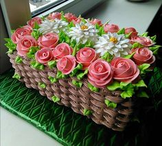 Learn how to create this beautiful spring flower basket cake with cake decorating. cakes may be baked and decorated for almost any social occasion. Cake Icing, Eat Cake, Cupcake Cakes, Bolo Floral, Floral Cake, Tulip Cake, Cake Decorating Techniques, Cake Decorating Tips, Buttercream Cake Decorating