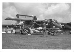 North American Bronco starting up at Binh Thuy, Viet Nam. Helicopter Plane, Helicopter Pilots, North Vietnam, Vietnam War, Ov 10, First Indochina War, Close Air Support, Aviation Image, Indochine