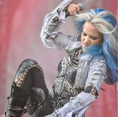 ALISSA Angela Gossow, The Agonist, Learn Guitar Chords, Alissa White, 7 Eleven, Symphonic Metal, Arch Enemy, Extreme Metal, Horror Show