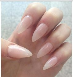 I dunno why but I looove nails that look like claws! Been wanting nude/clear stiletto nails for a long time. Might get em today :)