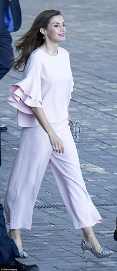 Queen Letizia of Spain looked stylish in pale pink with snakeskin accents in Madrid ...