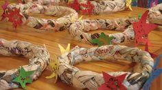 Coroas Holiday, Christmas, Gift Wrapping, Teaching, Crafts, Blog, Galette, Hunting Wreath, Paper Decorations