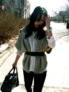 gap shirt, old navy knit cape, forever 21 belt, just usa jeans, charlotte russe booties