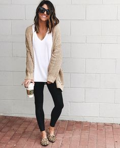 20 more fall fashion casual comfy - herbstmode lässig bequem fall fashion casual comfy - fashion casual Zendaya. Over 40 fashion casual Legging Outfits, Leggings Fashion, Leggings Style, Leggings Outfit Summer, Leopard Leggings Outfit, Leopard Flats Outfits, Winter Cardigan Outfit, Cute Outfits With Leggings, Tribal Leggings