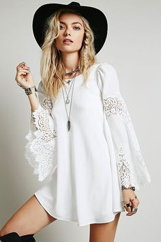 white flared hollow-out sleeves chiffon mini dress. we totally love this angel like mini dress in white and it looking superb on you. our white flared sleeves chiffon mini dress is fit for any body size for its oversized shape, round neck and flared sleev Casual Dresses, Short Dresses, Summer Dresses, Dress Long, Cheap Dresses, Prom Dress, Dresses 2016, Long Blouse, Stylish Dresses
