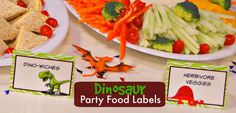 Dinosaur Party Food Labels - Free Printable #dinosaur #party