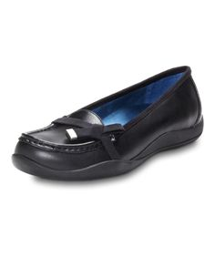 Price: $89.95 - From the office to the farmers market, Orthaheel Mae is ready to walk the walk. A delicate bow tied up in the look of suede makes this slideon loafer a classic mix of style and Orthaheel technology.