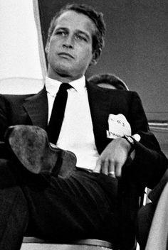 Paul Newman at Democratic Barbecue Classic Hollywood, Old Hollywood, Hollywood Stars, Paul Newman Joanne Woodward, Cool Hand Luke, Films Cinema, Robert Redford, Glamour, Most Beautiful Man