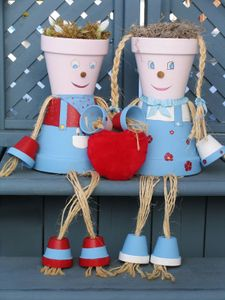 Flower pot couple