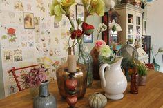 Etalage Vintage Florals! #Vintage #Florals #Interior #Styling #Interiorstyling
