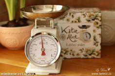 Kuchyňská váha Cream Retro SKLADEM