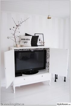 Inside Cabinets, Tv Cabinets, Parlor Room, Tv Furniture, Tv In Bedroom, Compact Living, Tv Storage, Home Hacks, Living Spaces