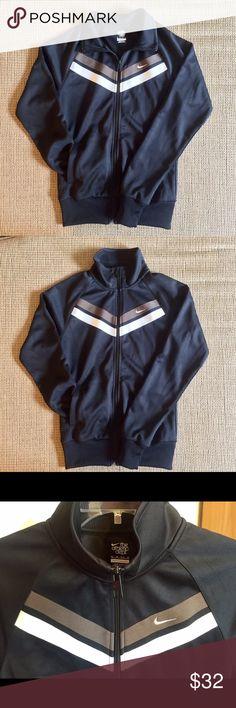 Nike Women's Sportswear Jacket Black Women's Nike Sportswear jacket 💕 - Features 2 stripes with Swoosh logo  - Exterior pockets!  - NWOT - Full zip Nike Jackets & Coats Utility Jackets