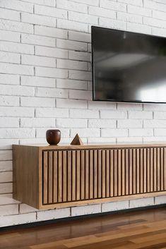 Atelier Aberto Arquitetura | AP POSSAMAI Design Wood, Design Design, Tv Wall Design, Home Decor Furniture, Furniture Design, Tv Cabinet Design, Drawing Room Interior, Living Room Tv Unit Designs, House Design