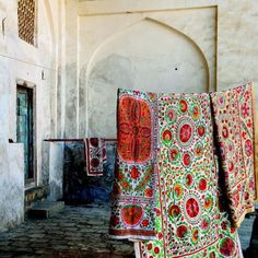 http://batixa.tumblr.com/post/128566093483/folk-ark-these-incredible-textiles-from