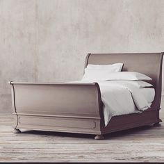 James Sleigh Bed With Footboard:Evoking the architectural classicism of turn-of-the-century design, St. James is grand in both scale and beauty. Sleigh Bed Painted, Wooden Sleigh Bed, Painted Beds, Sleigh Beds, Painted Furniture, Painted Headboard, Refinished Furniture, Furniture Refinishing, Handmade Furniture