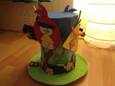 Angry birds paper mâché Easter bonnet
