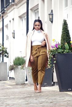 OUTFITTAPERED TROUSERS — WILLKATE | Fashion Blog by Kamogelo Mafokwane Curvy Plus Size, Plus Size Women, Tapered Trousers, Real Women, Fashion Addict, Spring Summer Fashion, Plus Size Fashion, Squad, Style Me