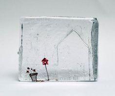 Bird House  Jenny Ayrton  Sandcast glass with metal inclusions  15 x 4 x 12cm