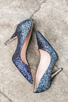 glitter wedding heels - photo by Candice Benjamin Photography http://ruffledblog.com/romantic-california-wedding-in-buena-park