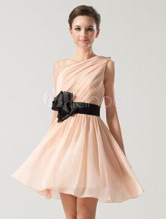 robe demoiselle d 39 honneur en dentelle rose avec noeud dos. Black Bedroom Furniture Sets. Home Design Ideas