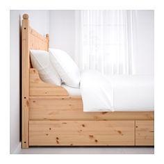 IKEA - HURDAL, Struttura letto con 4 cassetti, 160x200 cm, Luröy, , I 4 cassetti capienti con rotelle ti permettono di sfruttare lo spazio sotto il letto.Le venature e i nodi del pino massiccio donano a ogni articolo caratteristiche uniche.È in legno massiccio, un materiale naturale caldo e resistente.Le sponde del letto regolabili ti permettono di usare materassi di diversi spessori.Le 17 doghe in multistrato di betulla si adattano al peso del tuo corpo e aumentano l'elasticità del…