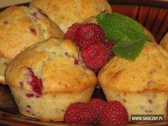 Muffinki z malinami do kawy będą w sam raz:   http://www.smaczny.pl/przepis,muffinki_z_malinami  #przepisy #muffinki #maliny #owoce #lato #babeczki