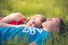 lake of the Ozarks missouri natural light photographer. couples photographer.