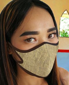 Easy Face Masks, Diy Face Mask, Mouth Mask Fashion, Protective Mask, Air Pollution, Flower Of Life, Sewing Projects For Beginners, Diy Mask, Sewing Patterns Free
