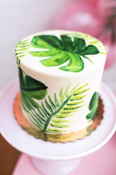 Looking for beautiful inspiration for your next kids birthday? Why not throw a party inspired by one of our favourite classical films, Troop Beverly Hills! Luau Birthday Cakes, 13th Birthday Parties, Summer Birthday, 28th Birthday, Sleepover Party, Luau Party, Decoration Communion, Fete Marie, Troop Beverly Hills