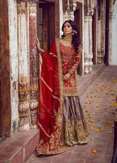 Pakistani Wedding Outfits, Indian Outfits, Iranian Women Fashion, Indian Fashion, Desi Clothes, Indian Designer Wear, Indian Bridal, Party Wear, Bridal Dresses