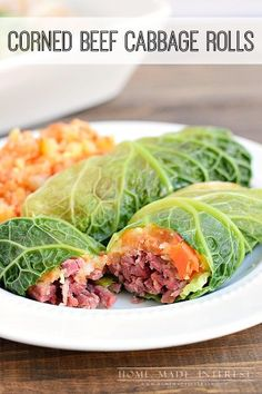 Corned Beef Cabbage Rolls You don't get any more Irish than corned beef and cabbage! This St. Patrick's day recipe for corned beef cabbage rolls stuffed with parsnip and carrot mash is easy to make and delicious! Cornbeef And Cabbage Recipe, Cabbage Rolls Recipe, Cabbage Recipes, Broccoli Recipes, Vegetable Recipes, Corned Beef Recipes, Tacos Mexicanos, Mashed Parsnips, Baby Party