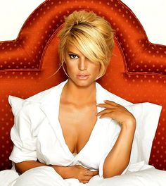 updo with bangs Get A Glimpse of Celebrity Hairstyles With 24 Jessica Simpson Ha. - updo with bangs Get A Glimpse of Celebrity Hairstyles With 24 Jessica Simpson Hairdo Collection - Jessica Alba, Jessica Simpson Daisy Duke, Jessica Simpson Body, Jessica Simpson Jeans, Jessica Simpsons, Satin Pumps, Teen Choice Awards, American Music Awards, Celebrity Hairstyles