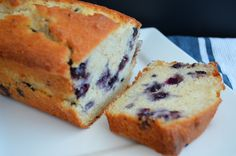 This Blueberry Pound Cake TGIF This Grandma is Fun is a good for our Breakfast made with wholesome ingredients! Lemon Blueberry Pound Cake, Blueberry Bread, Ricotta Pound Cake, Pound Cake Recipes, No Cook Meals, Sweet Recipes, Fun Recipes, Healthy Recipes, Cupcake Cakes