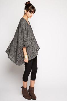 Hydrus Lace Kimono