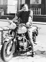 Foto Gene Vincent.Rocking  Speedo. ☸ڿڰۣ-ڰۣ—❤