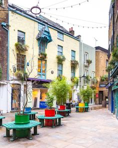 Neal's Yard, Covent Garden 💙  (@aladyinlondon • INSTAGRAM)