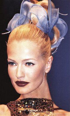 Karen Mulder - Lacriox Couture Runway Show 1996